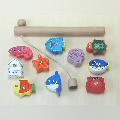 木のおもちゃ たいりょう魚つりセット (木箱なし)