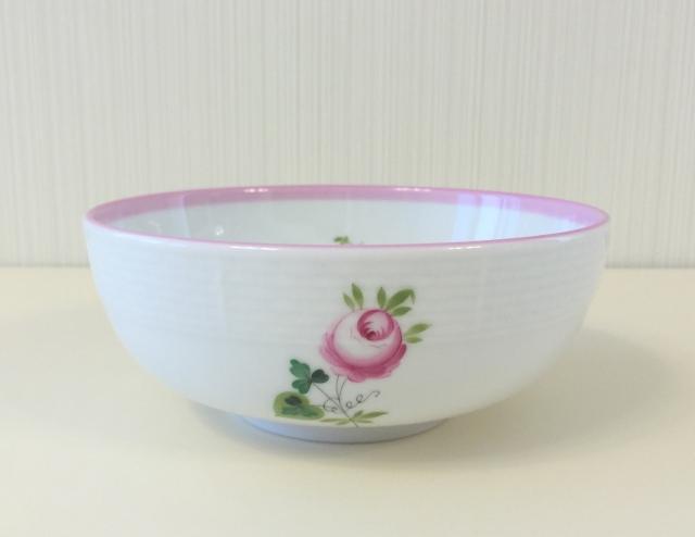 ☆即納品☆ ヘレンド VRH-X4 00355 ウィーンの薔薇ピンク オリエンタル風ディナーボウル 14.5cm *写真右*