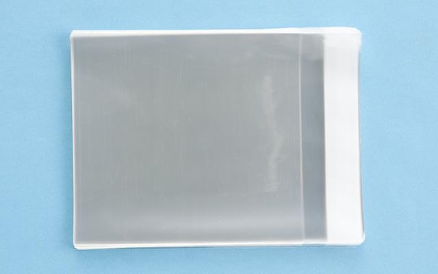OPP袋 テープ付タイプ フィルムの厚み30μ 140×155ミリ 100枚入り (定形サイズ CD横型サイズ)