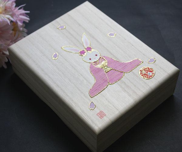 米沢織夢の小箱