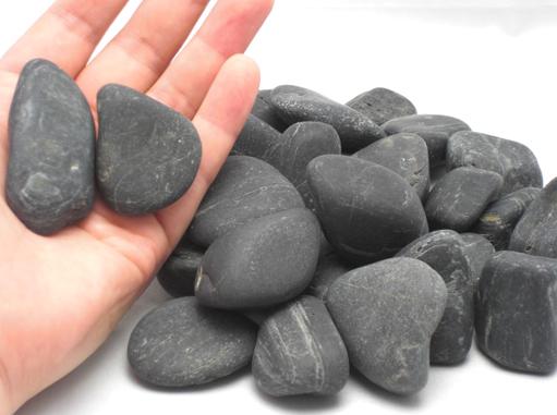 玄武岩(バサルト・ウィンストーン)【面取り・ツヤなし】50kg