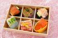 季節の手毬わさび葉寿司6個