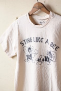 Mixta (�ߥ�����) Printed T-Shirt Sting Like a Bee-1