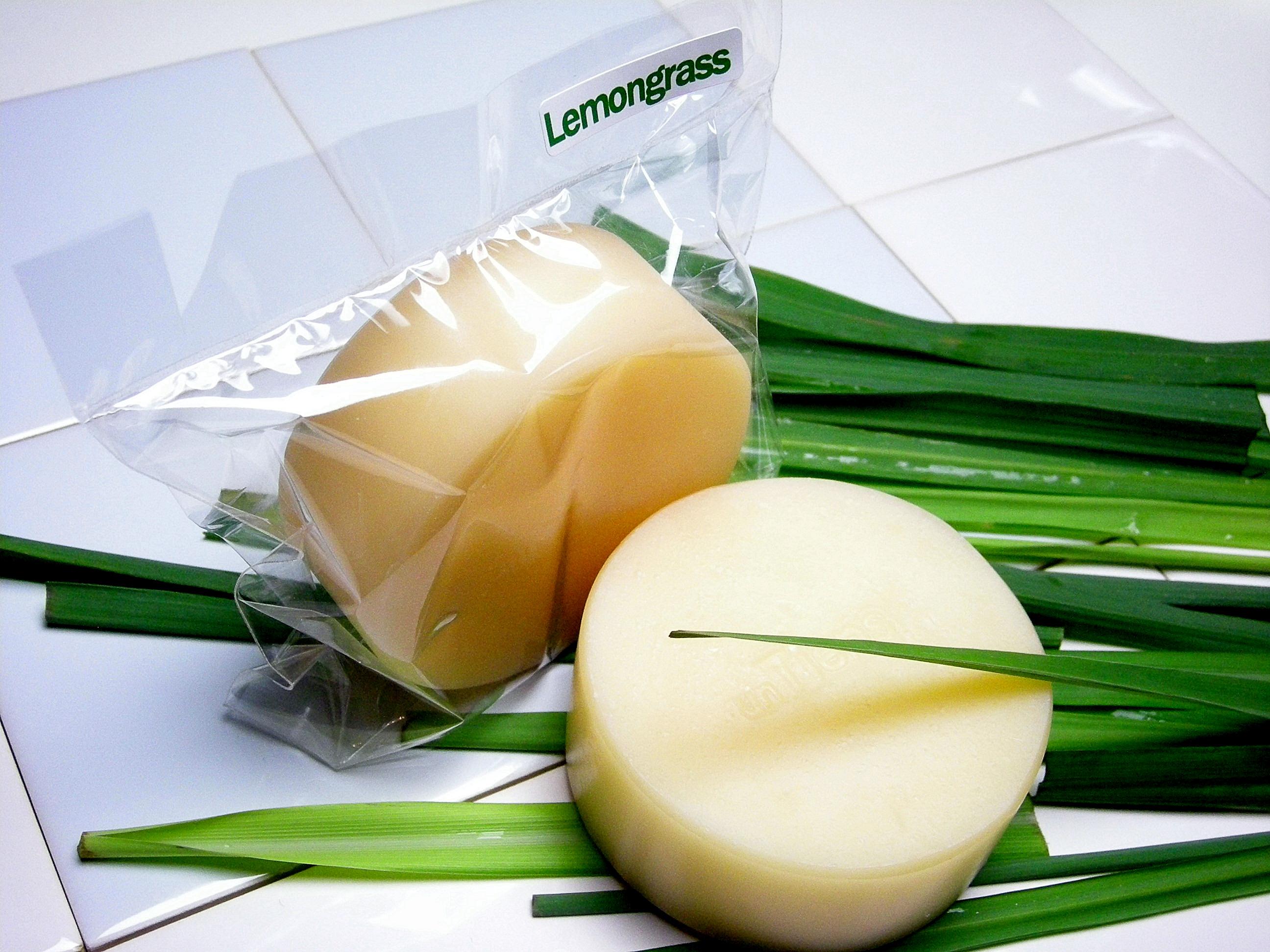 手作り石鹸の人気No,1ボディーソープスーパーササボンレモングラス写真