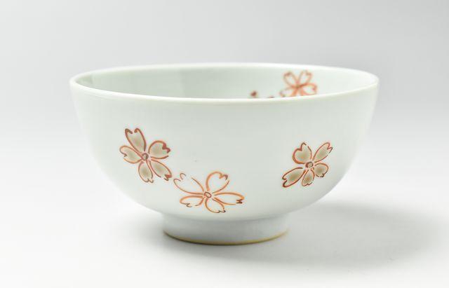 須谷窯 色絵桜文碗(小)
