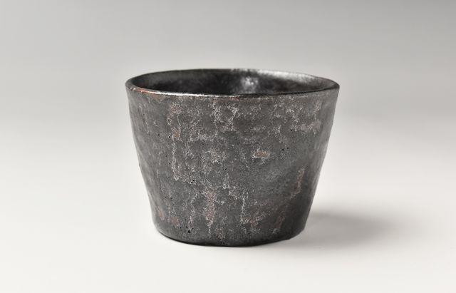 鉄釉朝小鉢