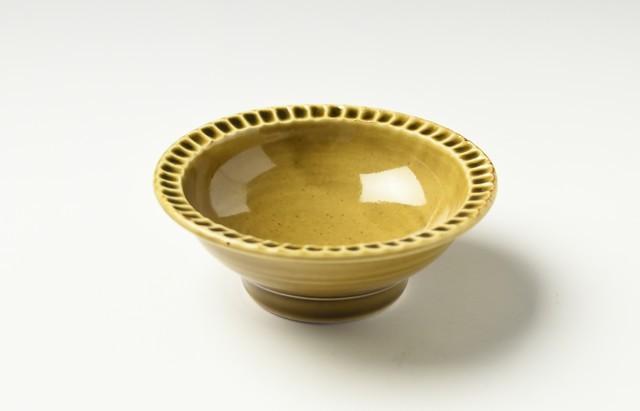 阿部春弥 黄磁縁しのぎ3.5寸鉢