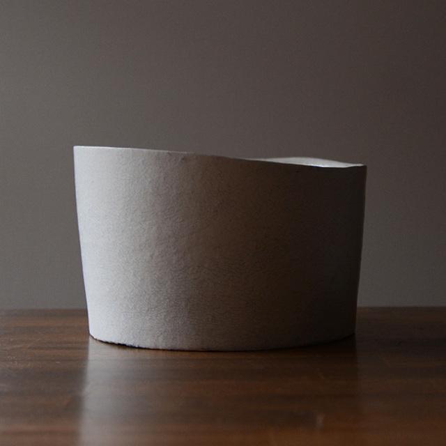 White Vase Bowl 筒鉢  作家「横山拓也」