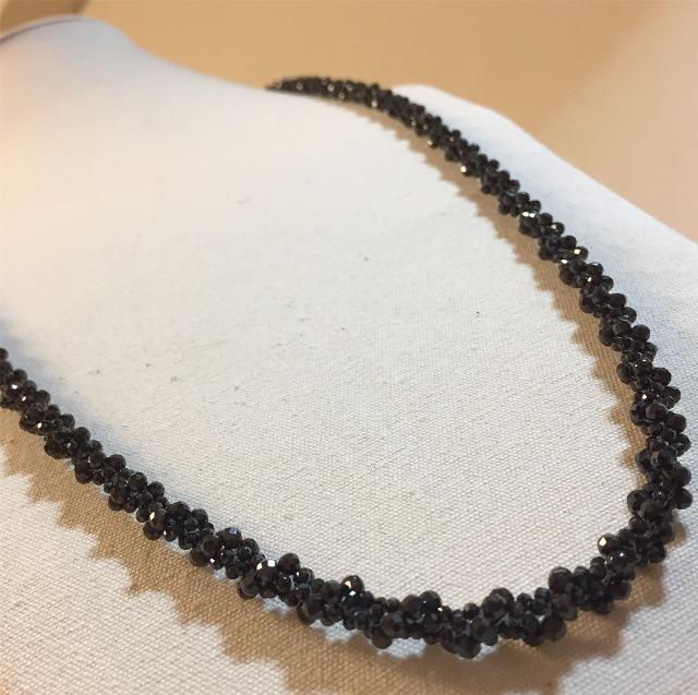 『宝石質ブラックスピネル 洗練された大人のクロッシェネックレス』3