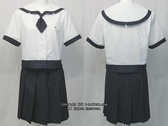 常磐大学高校の制服