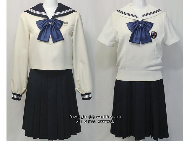 博多女子高校の制服
