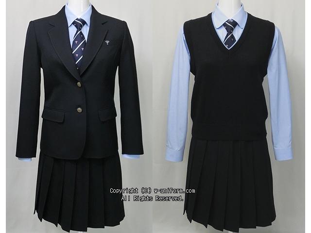 日本大学鶴ヶ丘高校の制服