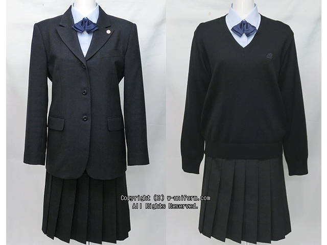 大妻嵐山高校の制服