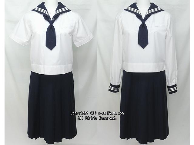 大妻多摩中学校の制服