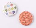 【缶バッジ】レトロな花模様