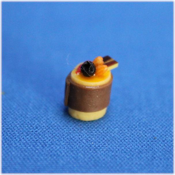 チョコとオレンジのプチフールおもちゃの家パーツ