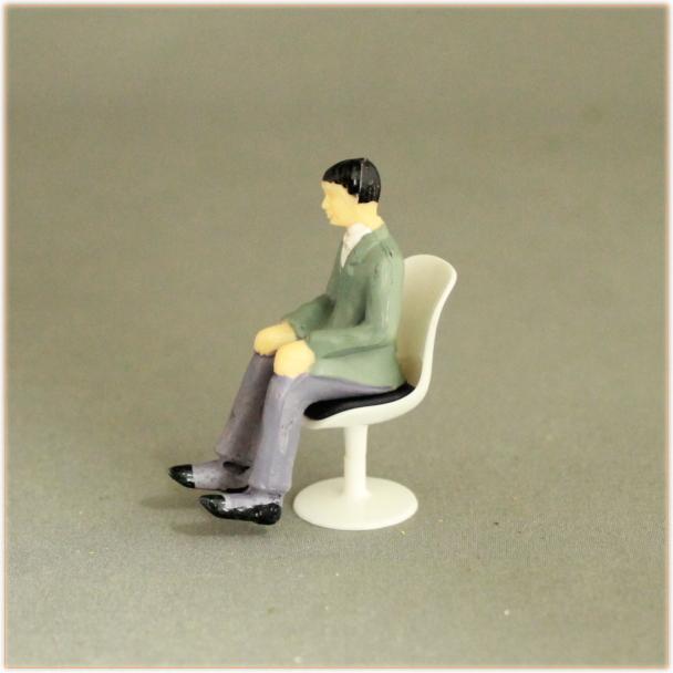 椅子のジオラマ