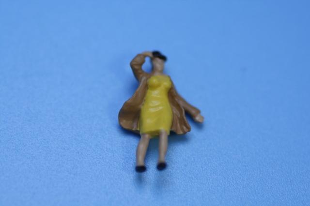 ミニチュア人形