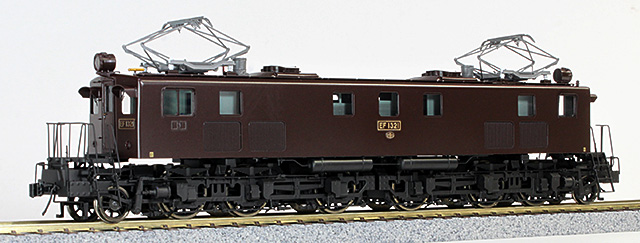 16番 EF13 21号機