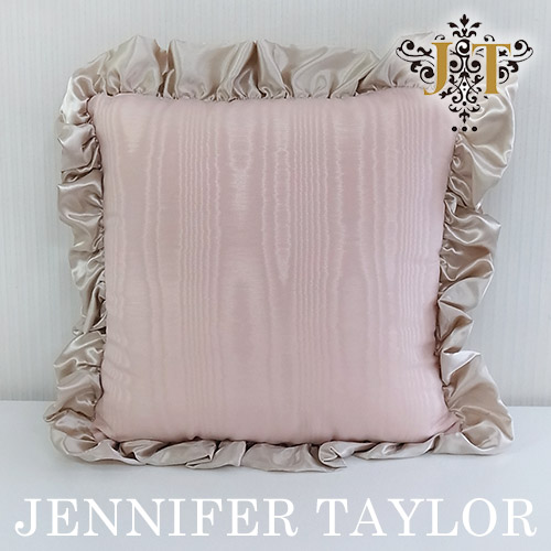 【ポイント5倍 5月】ジェニファーテイラー Jennifer Taylor フリルクッション・Chinon(PK)
