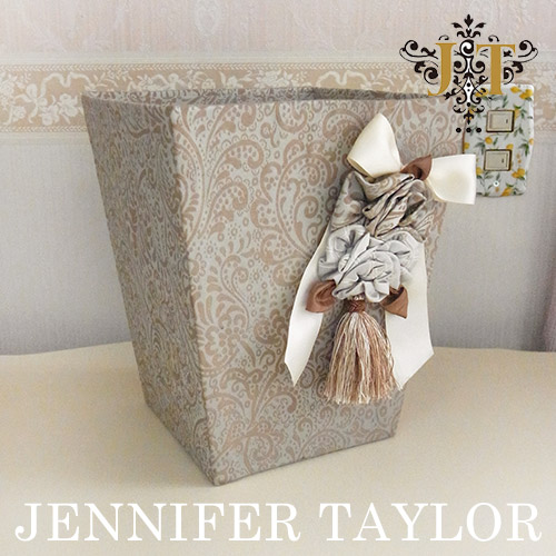 ジェニファーテイラー ☆Jennifer Taylor☆ ダストボックス・Swanson