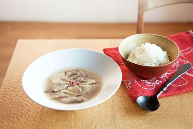 湯葉とどんこのふかひれスープ