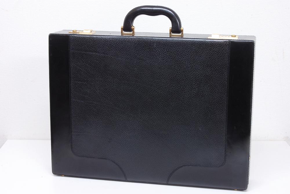 バリー BALLY レザー トランク ビジネスバッグ ハードケース