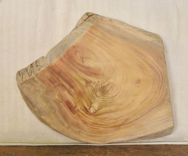 【送料・手数料無料】 山成林業 小型無垢一枚板 KD-395 ケヤキ 小型看板 ミニテーブルに最適