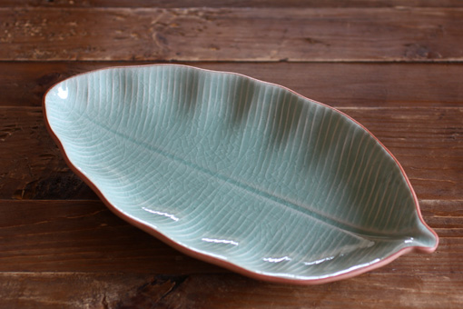 バナナリーフの中皿 (28cm) M