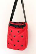 色の綺麗なナイロンボンディングバッグ