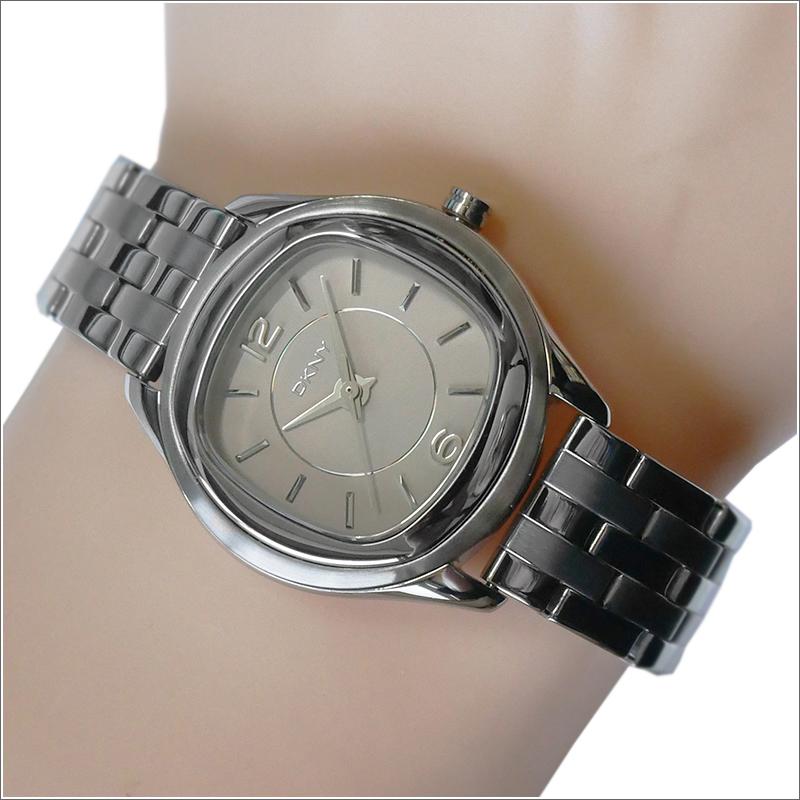 DKNY ダナキャランニューヨーク 腕時計 NY8806 メタルベルト