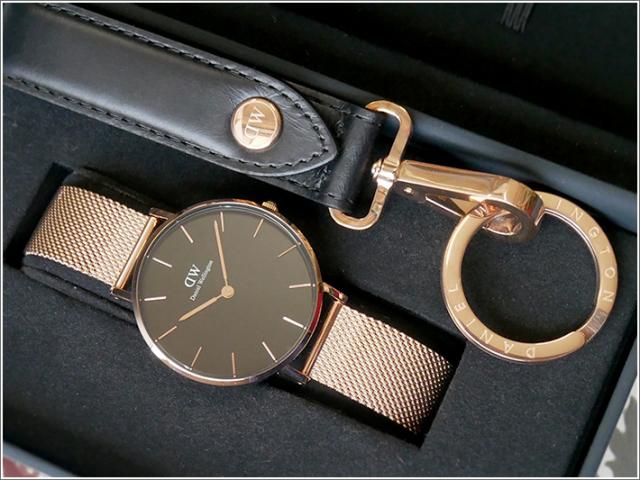 ダニエル ウェリントン DANIEL WELLINGTON 腕時計 DW00700158 キーリングセット ローズゴールド PETITE MELROSE 32mm/ブラック