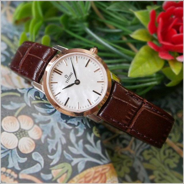 チトーニ TITONI 腕時計 TQ 42918 SRG-ST-587 スレンダーライン SLENDER LINE レディース クォーツ レザーベルト