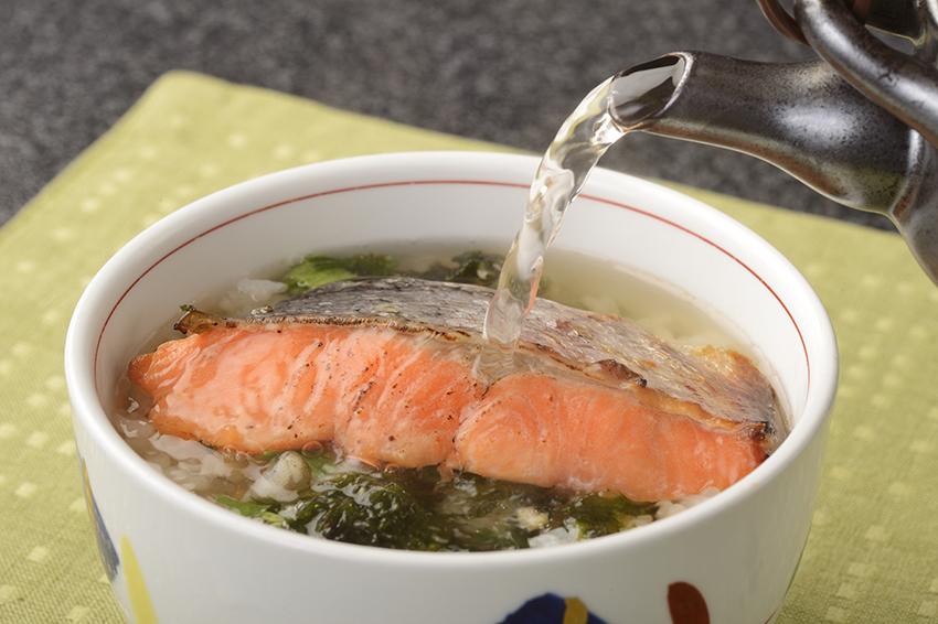サケだし茶漬け (鮭) 5個 御飯 レンジでチンOK