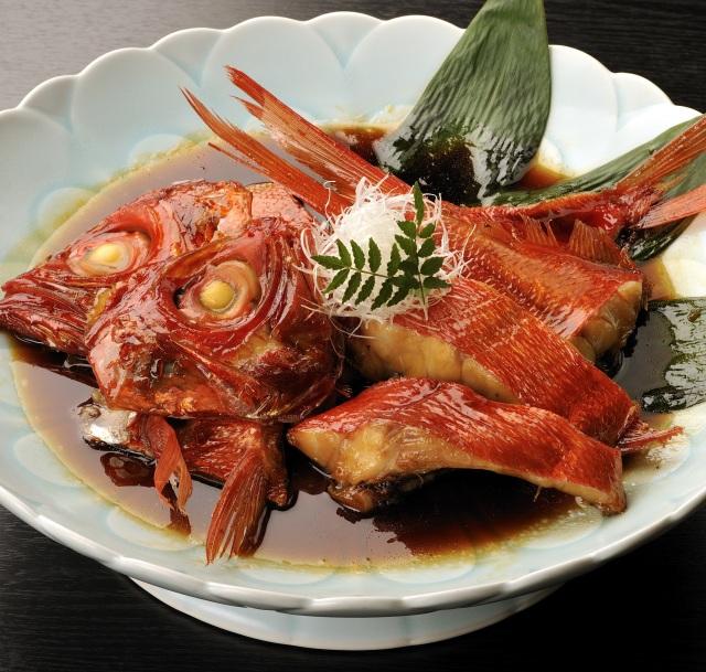 ギフト 地金目鯛漁師煮(お頭付き5切) グルメ 煮魚 調理済み 温めるだけ