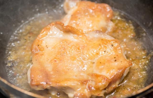 新商品 銘柄鶏あべどり・もも 秘伝の煮汁 しょうゆ味 140g