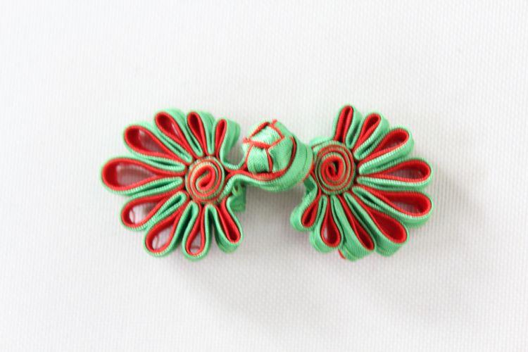 チャイナボタン菊花緑赤