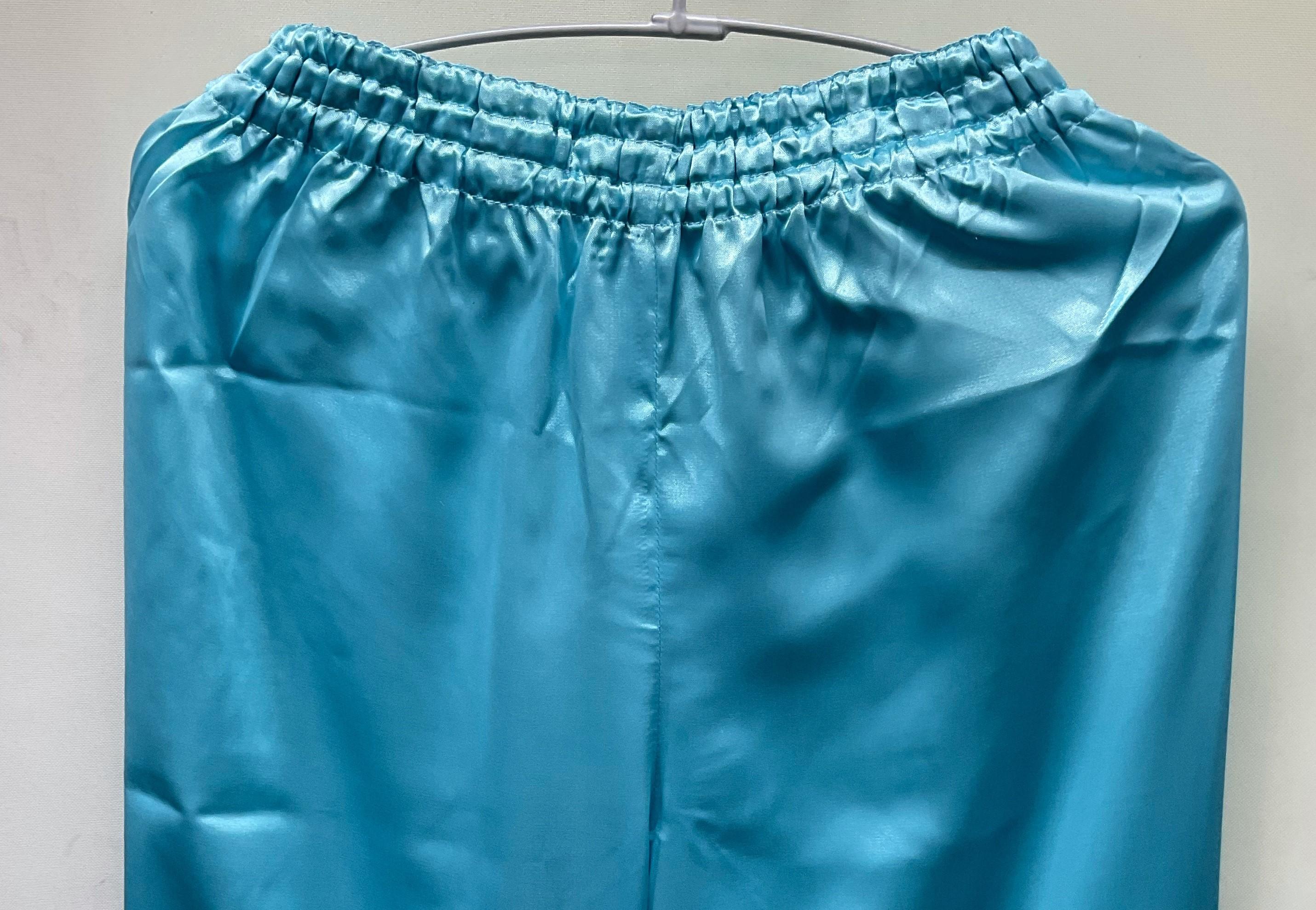 【ちょい傷特価】 サテン太極拳パンツ 水色(薄めのブルー)
