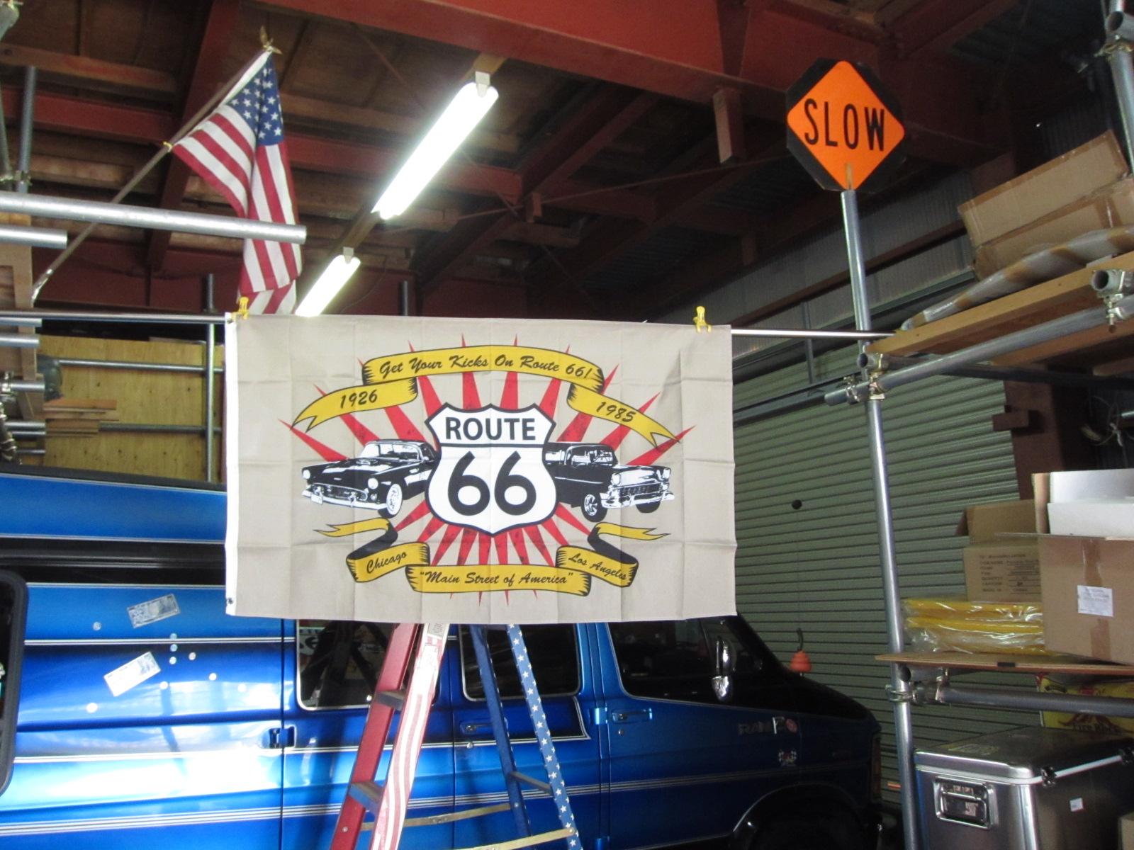 R66 OLDCAR FLAG 3x5ft ★ルート66 オールドカー フラッグ [並行輸入品]