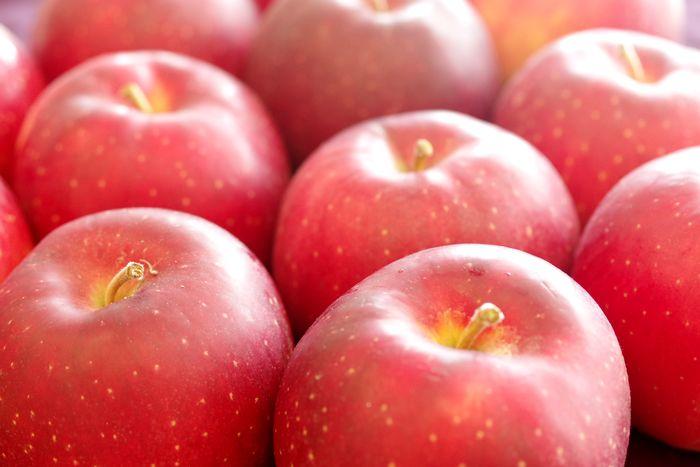 紅ロマンりんご取寄販売 JA江刺オリジナルの浪漫りんごを通販で。約5kg 約14玉~約18玉 岩手県産