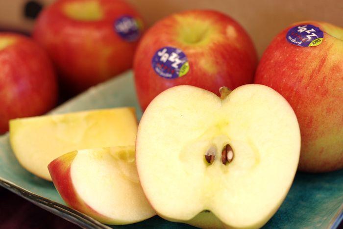JAZZりんご通販 ニュージーランド産ジャズ林檎を販売で取寄。約5k 約18玉〜23玉