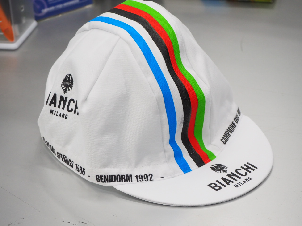 【大特価】NALINI BIANCHI-MILANO NEON (ナリーニ ビアンキミラノ ネオン) キャップ 2019