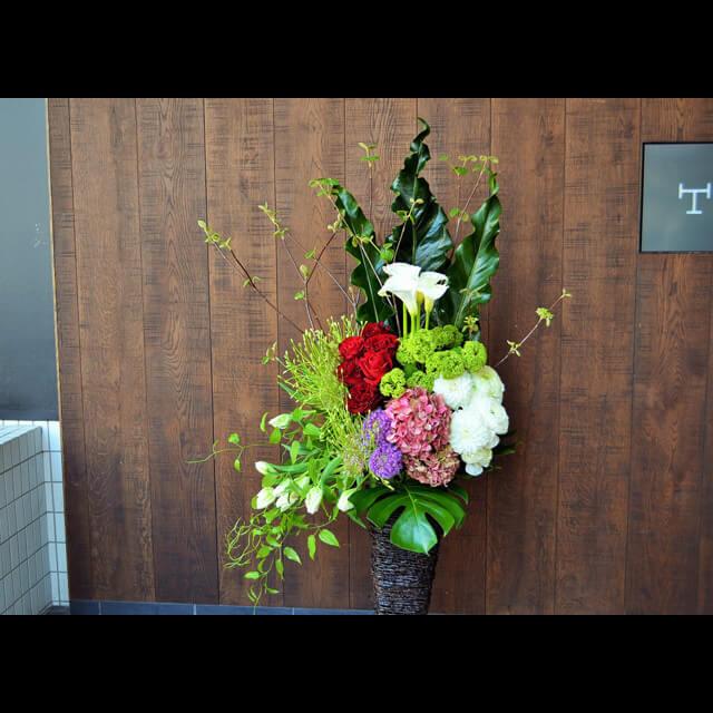 【配達回収無料】籠スタンド花 | バラ・シュペルティ・カラー・アジサイ 他