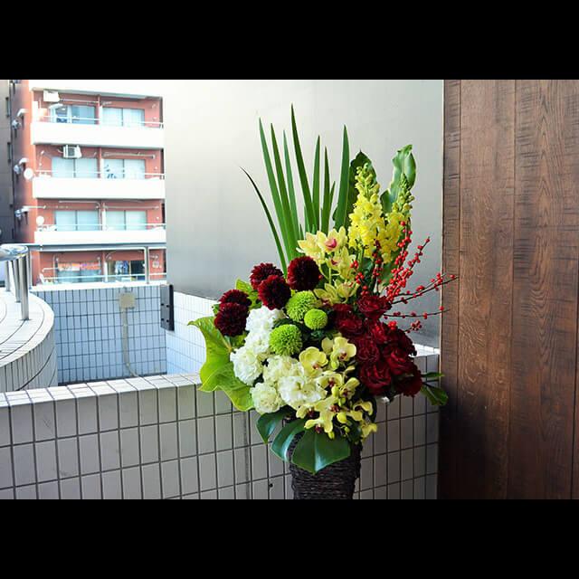 【配達回収無料】籠スタンド花 | 胡蝶蘭・スナップ・バラ・シンビジューム他