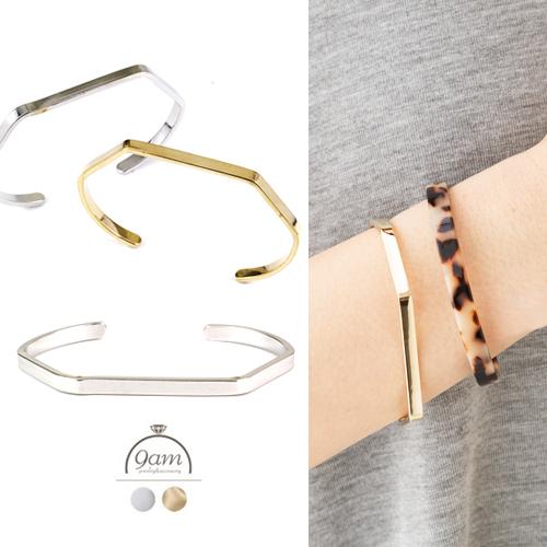 simple bracelet