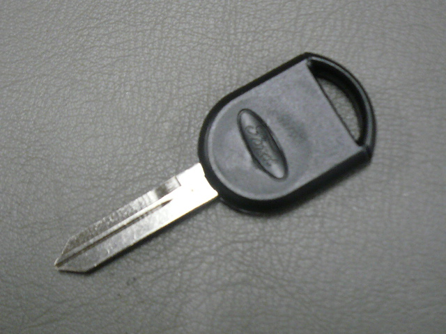 ブランクスペアキー/FORDロゴ付き フォード03-05yエクスペディション用