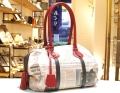 【世界に一つだけのボストンバッグ】ミディアムボストン スカーレットレッド色 フランス、ドイツ新聞柄