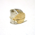 【メール便可】Feather Ear Cuff-SILVER×GOLD-