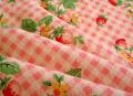 チェックオンストロベリー 綿麻 ピンク(約50cm×135cm巾)