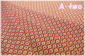 MARCUS Fabrics Gracie's Classics サークルフラワー レッド 0549-0311 (約110cm幅×50cm)